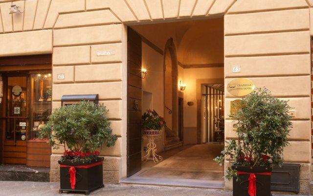 Graziella Patio Hotel Ареццо вид на фасад