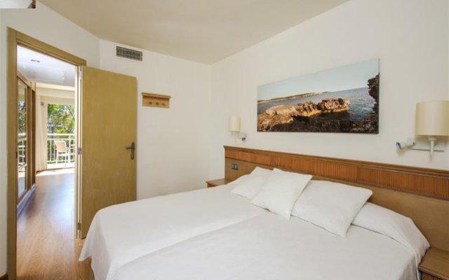 Отель Iberostar Club Cala Barca комната для гостей