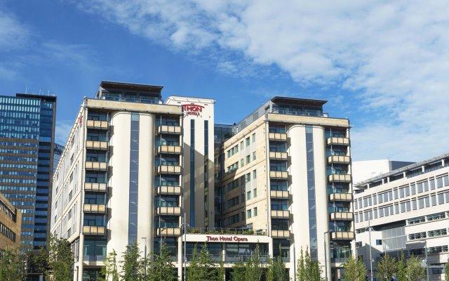 Thon Hotel Opera вид на фасад