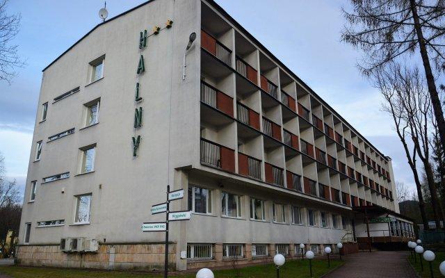 Отель Halny Pensjonat Закопане вид на фасад