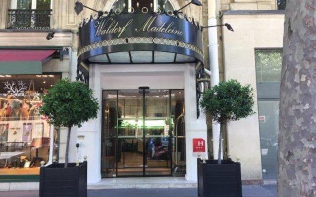 Отель Waldorf Madeleine Париж вид на фасад