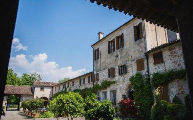 Отель Frassanelle Италия, Региональный парк Colli Euganei - отзывы, цены и фото номеров - забронировать отель Frassanelle онлайн вид на фасад