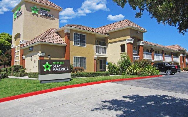 Отель Extended Stay America San Jose - Milpitas McCarthy Ranch вид на фасад