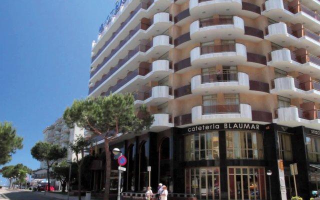 Hotel Blaumar вид на фасад