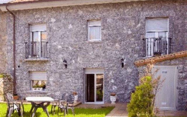 Отель Las Torres Испания, Арнуэро - отзывы, цены и фото номеров - забронировать отель Las Torres онлайн вид на фасад
