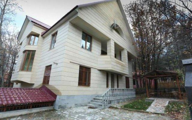 Отель Holiday Home On Harutyunyan Армения, Цахкадзор - отзывы, цены и фото номеров - забронировать отель Holiday Home On Harutyunyan онлайн