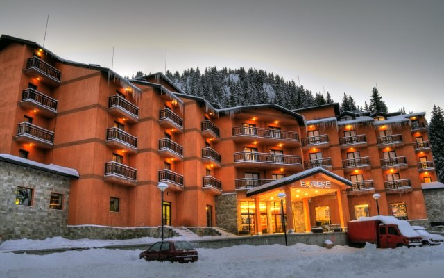 Отель Extreme Болгария, Левочево - отзывы, цены и фото номеров - забронировать отель Extreme онлайн вид на фасад