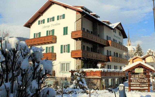 Отель Albergo Trentino вид на фасад