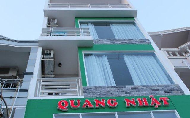 Отель Quang Nhat Hotel Вьетнам, Нячанг - отзывы, цены и фото номеров - забронировать отель Quang Nhat Hotel онлайн вид на фасад