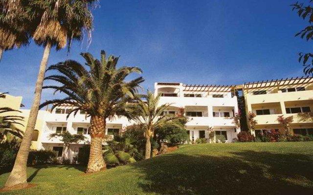 Отель Robinson Club Esquinzo Playa вид на фасад