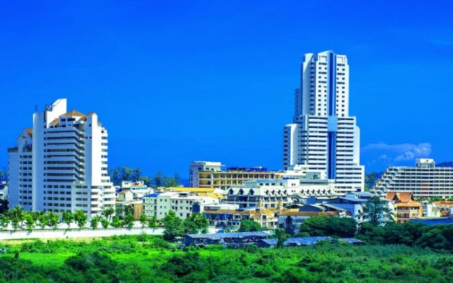 The Allano Phuket Hotel вид на фасад