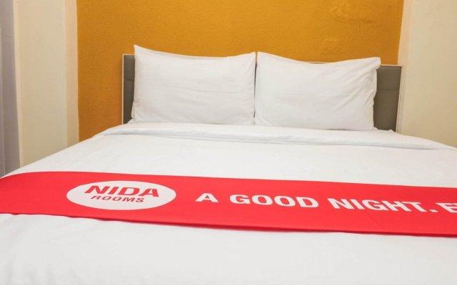 Отель Nida Rooms Ratchathewi 206 Central Grand Бангкок вид на фасад