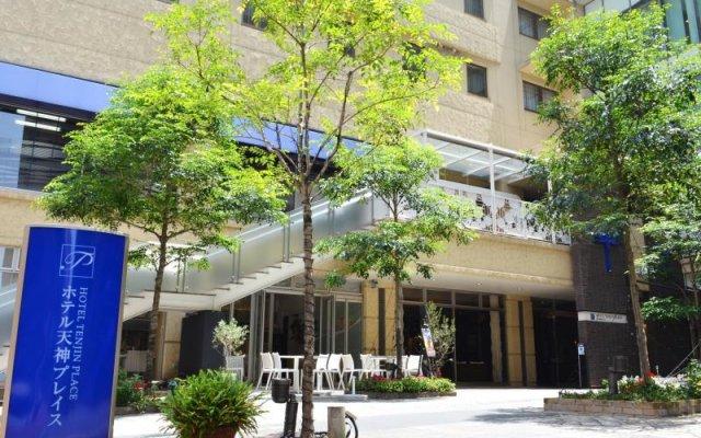 Hotel Tenjin Place Фукуока вид на фасад