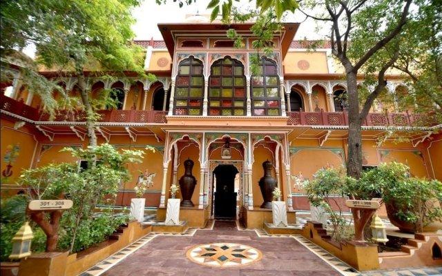 Отель Chokhi Dhani Resort Jaipur вид на фасад