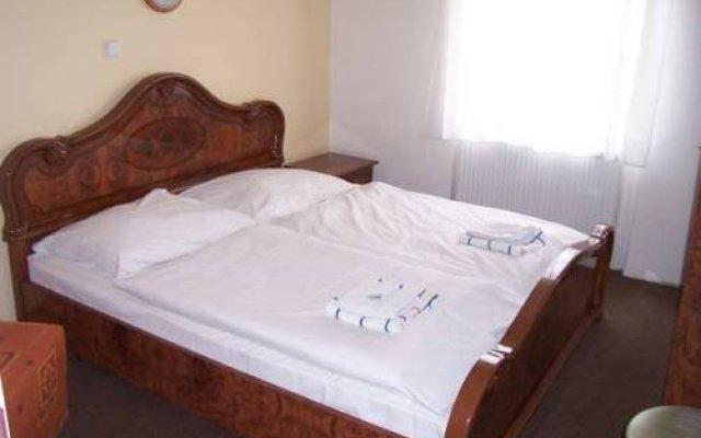 Hotel Dejmalik Литомержице