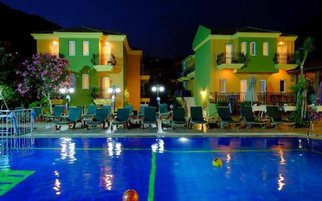 Imparator Турция, Олудениз - 6 отзывов об отеле, цены и фото номеров - забронировать отель Imparator онлайн вид на фасад