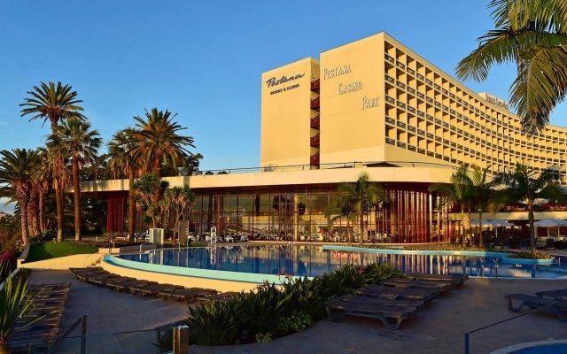 Pestana Casino Park Hotel & Casino бассейн