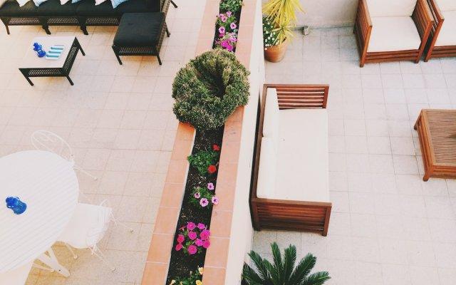 Отель Carbonell Испания, Льянса - отзывы, цены и фото номеров - забронировать отель Carbonell онлайн вид на фасад