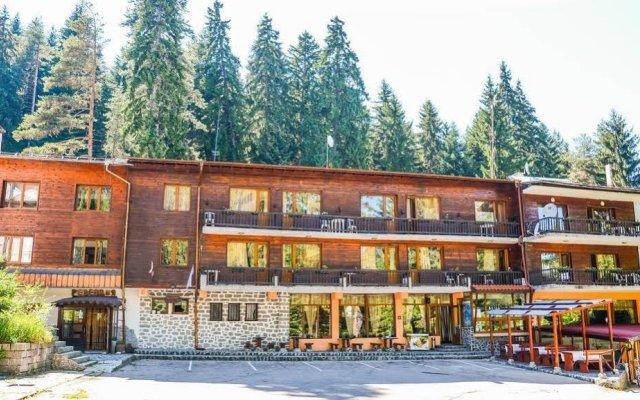 Ski Hotel Katerina Банско вид на фасад