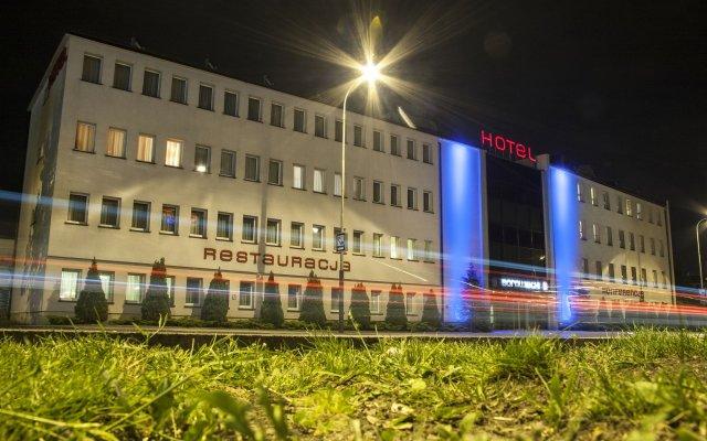 Отель Borowiecki Польша, Лодзь - 3 отзыва об отеле, цены и фото номеров - забронировать отель Borowiecki онлайн вид на фасад