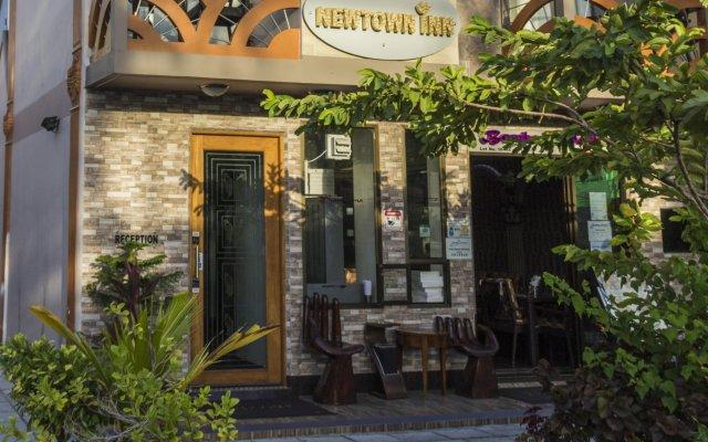 Отель Newtown Inn Мальдивы, Северный атолл Мале - отзывы, цены и фото номеров - забронировать отель Newtown Inn онлайн вид на фасад