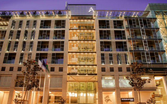Отель The Boulevard Arjaan by Rotana вид на фасад