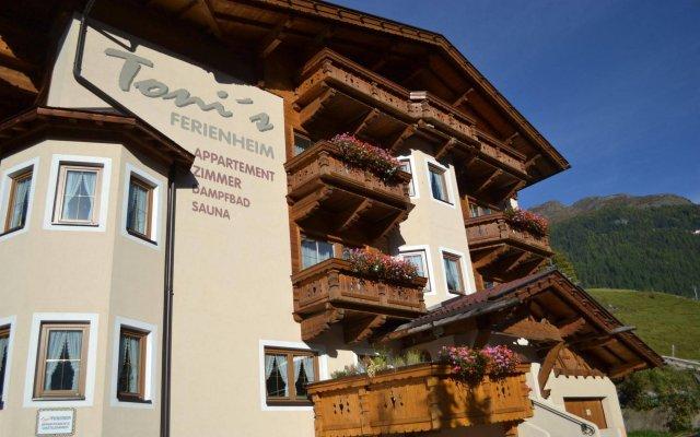 Отель Toni's Ferienheim Австрия, Зёльден - отзывы, цены и фото номеров - забронировать отель Toni's Ferienheim онлайн вид на фасад