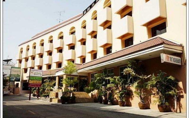 Отель Ratchada Resort and Spa Hotel Таиланд, Бангкок - отзывы, цены и фото номеров - забронировать отель Ratchada Resort and Spa Hotel онлайн вид на фасад
