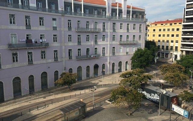 Отель Lisbon Check-In Guesthouse Португалия, Лиссабон - 2 отзыва об отеле, цены и фото номеров - забронировать отель Lisbon Check-In Guesthouse онлайн вид на фасад