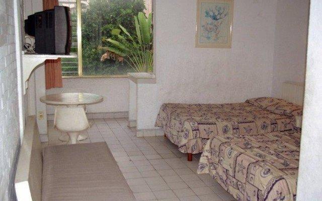 Отель Sirenas Express Acapulco комната для гостей