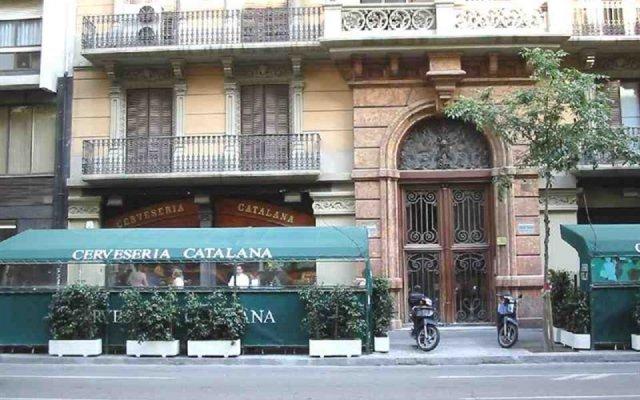 Отель Stay U-nique Rambla Catalunya Испания, Барселона - отзывы, цены и фото номеров - забронировать отель Stay U-nique Rambla Catalunya онлайн вид на фасад
