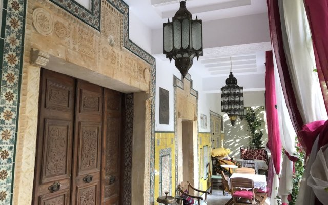 Dar Souad in Tunis, Tunisia from 122$, photos, reviews - zenhotels.com hotel front