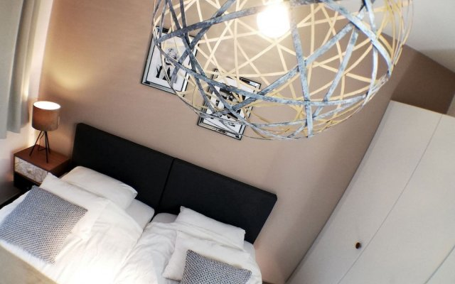 Businest Gosselies-charleroi Airport - 1-bedroom Apartment