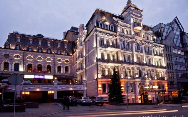 Гостиница Опера Отель Украина, Киев - 7 отзывов об отеле, цены и фото номеров - забронировать гостиницу Опера Отель онлайн вид на фасад