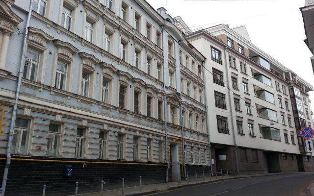 Гостиница Amigo Tzvetnoi Bulvar вид на фасад