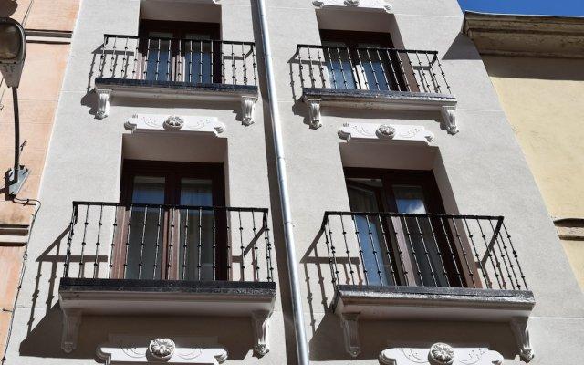 Отель Madrid Suites Chueca вид на фасад