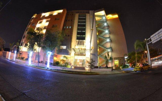 Hostalia Hotel Expo & Business Class вид на фасад