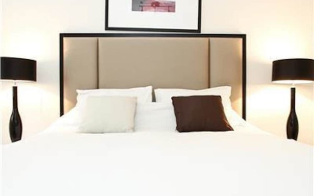 Отель Knightsbridge Quarter Private Mews House Великобритания, Лондон - отзывы, цены и фото номеров - забронировать отель Knightsbridge Quarter Private Mews House онлайн комната для гостей