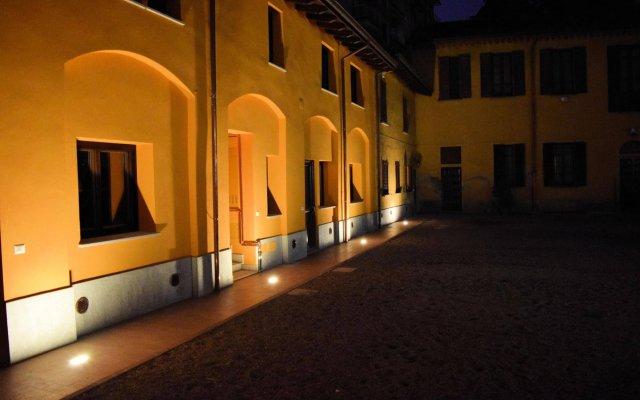 Отель Corte Certosina Треццано-суль-Навиглио вид на фасад
