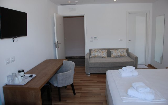 Bianco Hotel 2