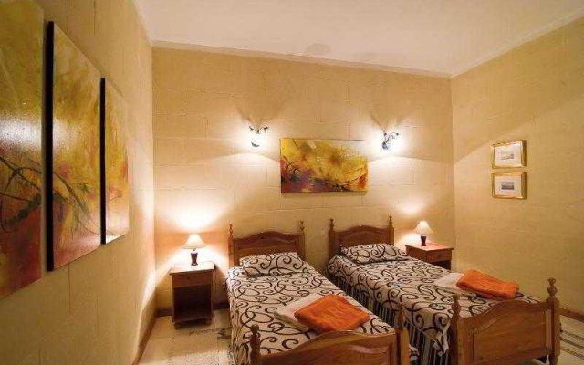 Отель Djar Ta' Menzja комната для гостей