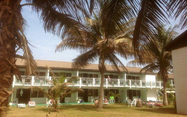 Bungalow Beach Hotel