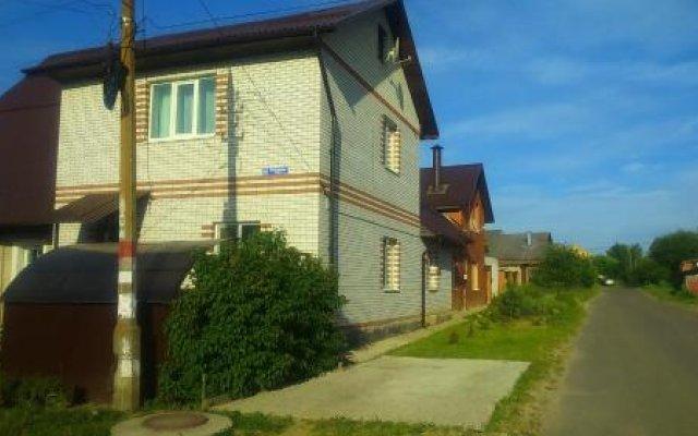 Гостиница Guest House V Gosti Na Ogorodnoy вид на фасад