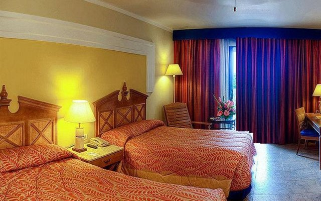 Отель Iberostar Rose Hall Suites All Inclusive комната для гостей