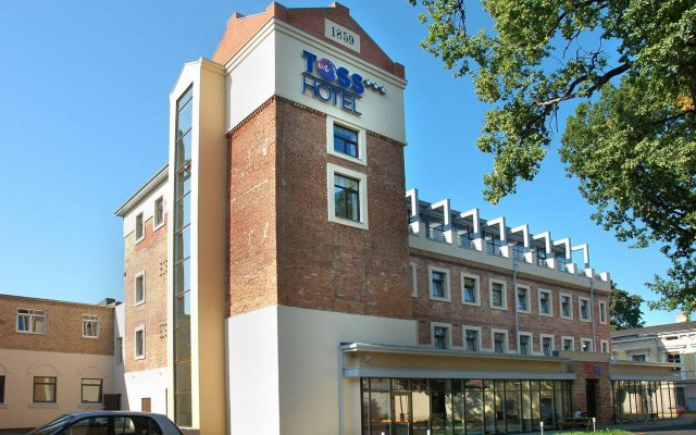 Отель Toss Hotel Латвия, Рига - 11 отзывов об отеле, цены и фото номеров - забронировать отель Toss Hotel онлайн вид на фасад