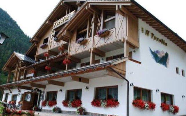 Отель Tyrolia Италия, Рокка Пьеторе - отзывы, цены и фото номеров - забронировать отель Tyrolia онлайн вид на фасад