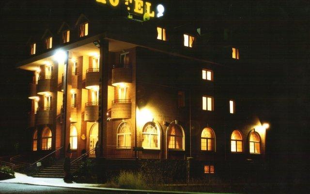 Hotel Avenida III вид на фасад