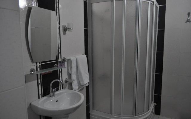 Отель Whitebridge Otel Ван ванная
