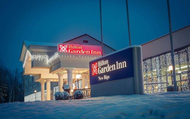 Гостиница Hilton Garden Inn Moscow Новая Рига вид на фасад