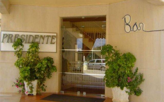 Отель Apartamentos Turisticos Presidente вид на фасад